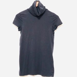 Theory turtle neck short sleeve blouse